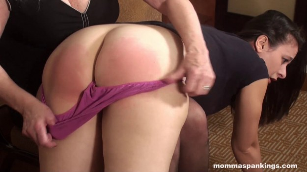 momma-143-047