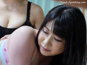 japanese girl spanking